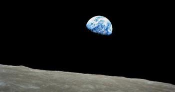 Еден од четири Американци не знае дека Земјата кружи околу Сонцето!