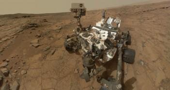 Роверот Кјуриосити на зоната за бушење Џон Клајн – Марс од каде беа земени примероците. Извор: NASA/JPL-Caltech/MSSS