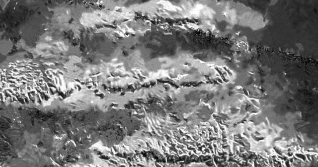 Касини ја пронајде највисоката планина на Титан