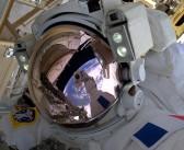 Вселенска прошетка: Двајца астронаути во подобрување на електричната мрежа на МВС