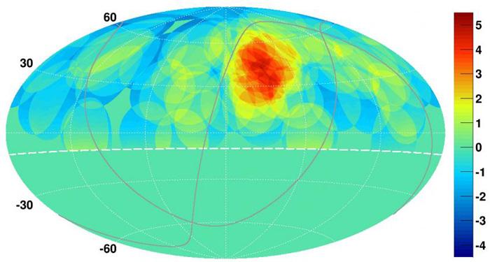 Оваа мапа на северното небо покажува концентрација на космички зраци со жариште со диспропорционален број на космички зраци покажани како светли црвени и жолти точки.