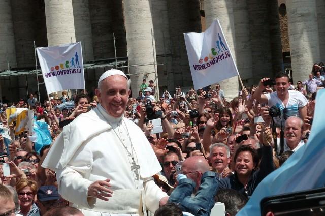 Папата ги одобри теориите за еволуцијата и Големиот прскот