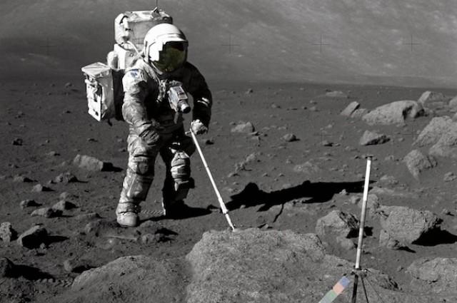Дали водата на Месечината потекнува од Сончевиот ветер?