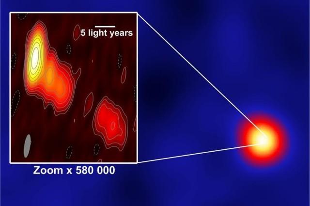 """Астрономите видоа светлина од """"молња"""" во црна дупка"""