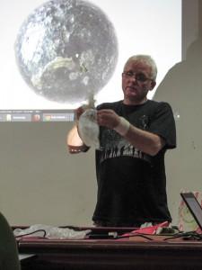 Практичното предавање за микрометеорити на Радан. Заслуги: Марина Димовска