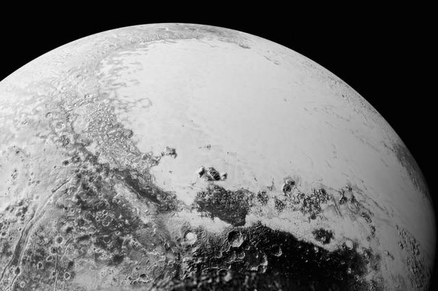 Објавени нови спектакуларни фотографии од Плутон