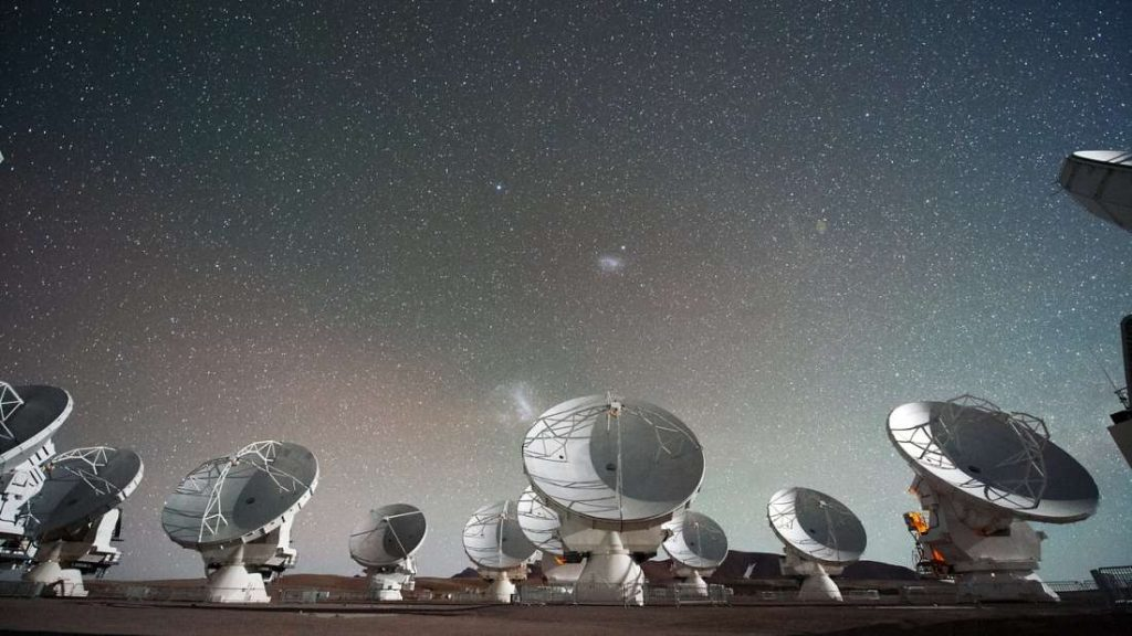 Неколку недели нè делат од првата слика од супермасивна црна дупка