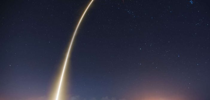 SpaceX го открива идентитетот на првиот приватен лунарен патник