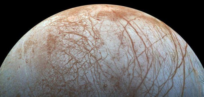 Европа можеби е најдоброто место да бараме вонземски живот во Сончевиот систем
