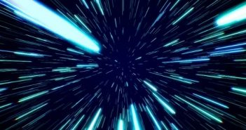 брзина на светлина